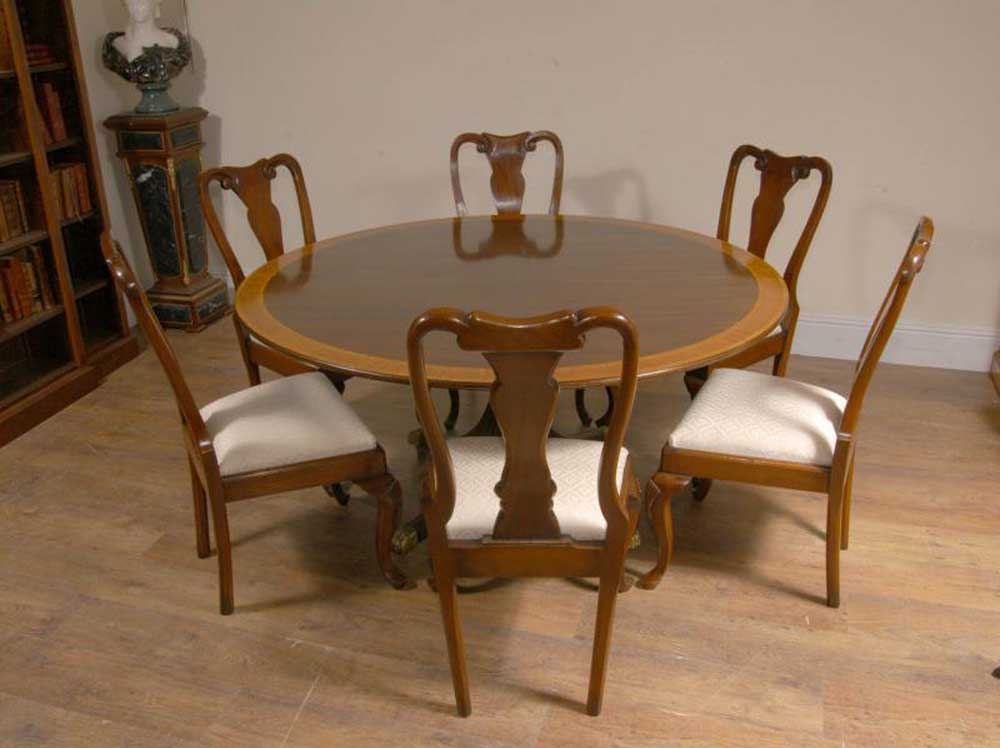 English Regency Mahogany Tilt Top Centre Table Tables