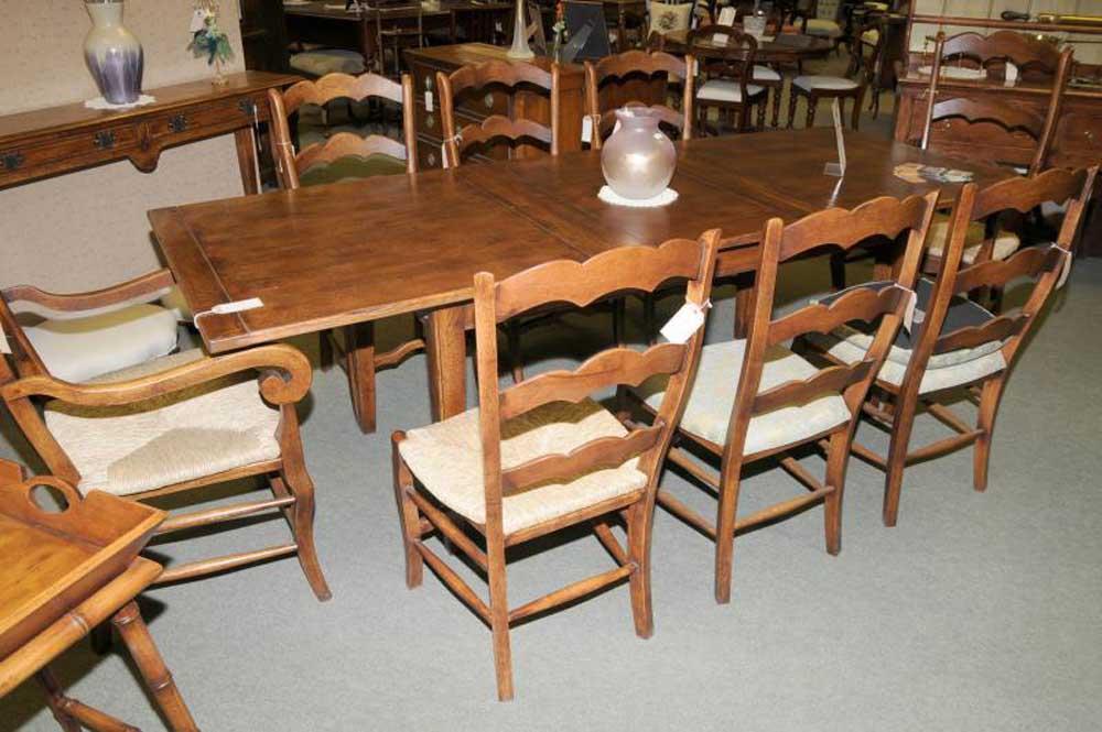 Extending Oak Farmhouse Refectory Kitchen Table