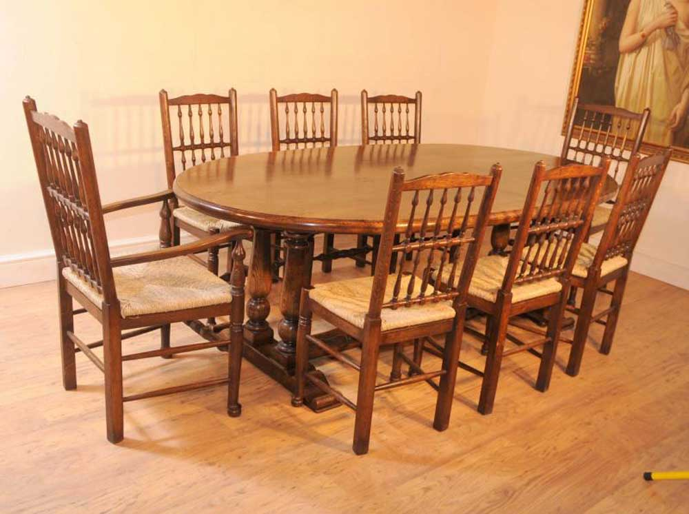 Oak kitchen refectory table dining set spindleback chairs for Oak kitchen table